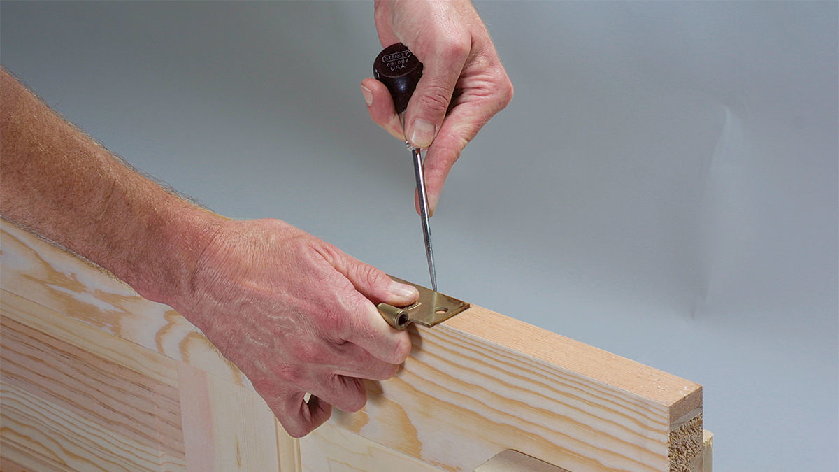 Change tools to score along the back of the hinge.
