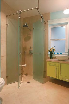 Angling for accessibility: Shower closed