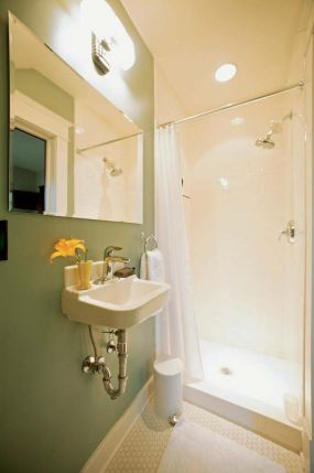 Finished bath: shower side