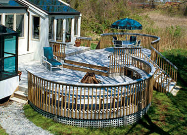 Building A Curved Deck With Synthetic Decking Fine